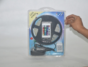 LED-Stricker-with-remote-fullcolour